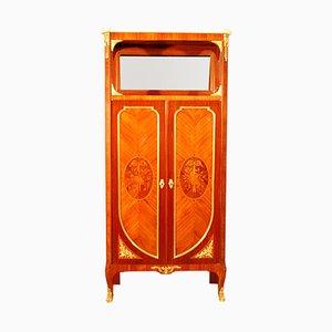 Antiker Schrank mit Intarsien & vergoldeter Bronze