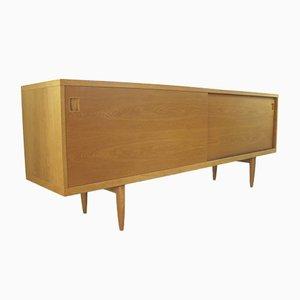 Modell 20 Sideboard aus Eiche von Niels O. moller für J.L. Mollers, 1955