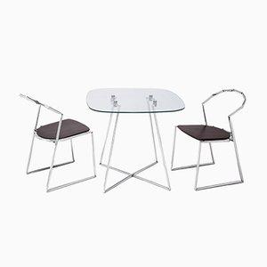 Tavolo Kinky e due sedie di Alexander White