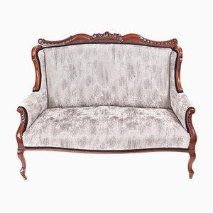 Viktorianisches Sofa mit Gestell aus geschnitztem Mahagoni