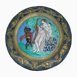 Plato modernista pintado con motivos mitológicos