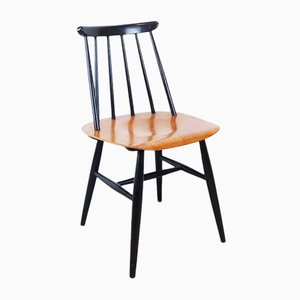 Vintage Spindle-Back Chair by Ilmari Tapiovaara