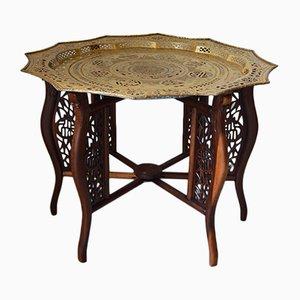 Französischer Tisch mit Tablettaufsatz aus Messingware und geschnitztem Drachen-Motiv, 1890er