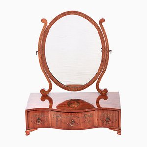 Espejo de maquillaje antiguo de madera satinada, década de 1860