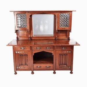 Antiker Arts & Crafts Armoire