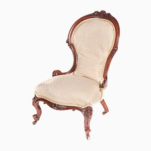 Chaise Ladies Victorienne en Noyer Sculpté, 1850s