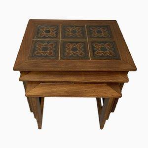 Mesas nido vintage con tablero de azulejos, años 70