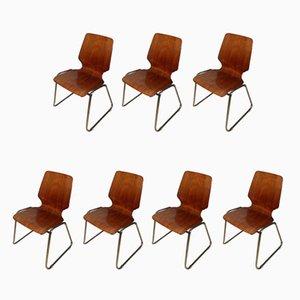 Sedie da ufficio impilabili in legno e metallo cromato, anni '60, set di 7
