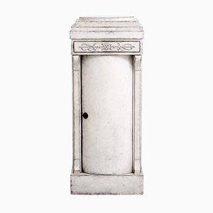 Skandinavischer Säulenschrank mit geschwungener Tür & einer Schublade, 1820er
