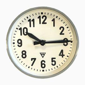 Horloge Murale d'Usine Industrielle Grise de Pragotron, 1950s