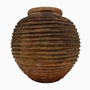 Antiker gerillter The King Olivenbehälter aus Terrakotta mit dunkelgrüner Patina