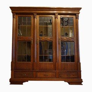 Librería de roble y vidrio con tres puertas, años 50