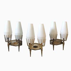 Moderne italienische Mid-Century Wandleuchten aus Messing & weißem Glas von Stilnovo, 1950er, 3er Set