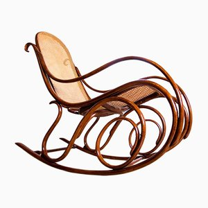 Antique Viennese Nr.10 Rocking Chair by Michael Thonet for Gebrüder Thonet Vienna GmbH, 1889