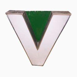 Lettera V in metallo e metacrilato, anni '70