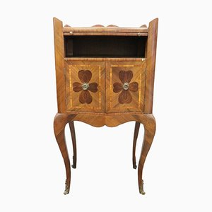 Antiker italienischer Nachttisch mit Intarsien