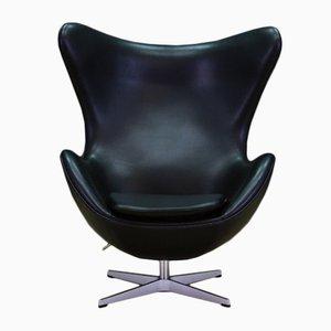 Schwarzer Mid-Century Egg Chair aus Leder von Arne Jacobsen für Fritz Hansen, 2007