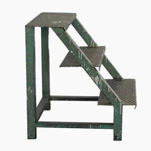 Escalera industrial de hierro, años 70