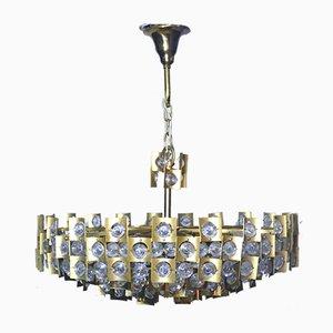 Lámpara de araña brutalista Mid-Century grande de latón dorado y cristal de Palwa, años 60