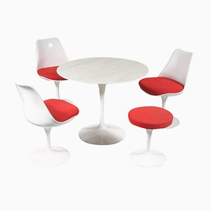 Tulip Dining Set by Eero Saarinen for Knoll International, 1980s