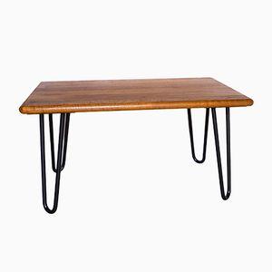 Mesa auxiliar vintage de madera maciza con patas de horquilla de Salin Møbler, años 60