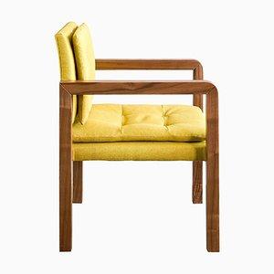 Bacco Carver Chair aus natürlichem Nussholz mit Lino-Bezug von Casa Botelho