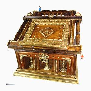 Caja con atril estilo antiguo, años 60