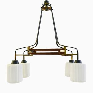 Lámpara de araña italiana de teca y opalina, años 60