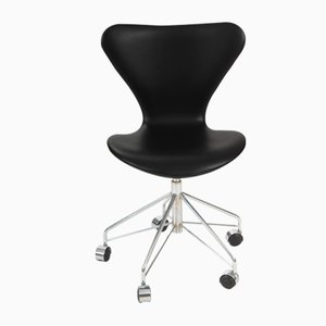 Vintage Model 3117 Chair by Arne Jacobsen for Fritz Hansen, 2000