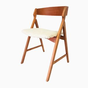 Mid-Century Modern Danish Side Chair by Henning Kjaernulf