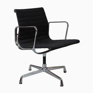 Chaise de Conference EA108 par Charles & Ray Eames pour Vitra, 2000s