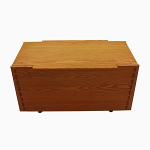 Large Pine Chest by Alan Peters, 1980s