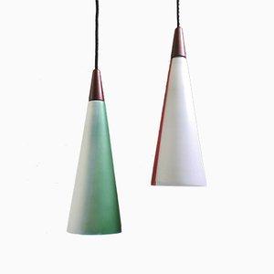 Lámparas de techo danesas de vidrio opalino, años 50. Juego de 2