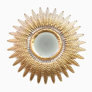 Espejo en forma de sol Mid-Century dorado
