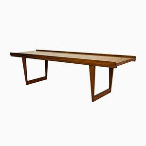 Tavolino da caffè in legno di teak massiccio con gambe a ponte di Peter Løvig Nielsen per Dansk Design, 1964