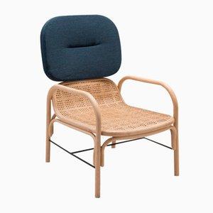 Plus Armlehnstuhl aus Rattan mit Gabriel-Kissen mit Stoffbezug in Mood-Blau von AC/AL Studio für ORCHID EDITION