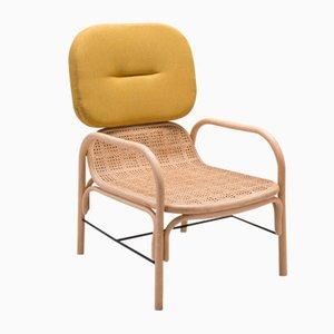 Plus Armlehnstuhl aus Rattan mit Gabriel-Kissen mit Stoffbezug in Medley-Gelb von AC/AL Studio für ORCHID EDITION
