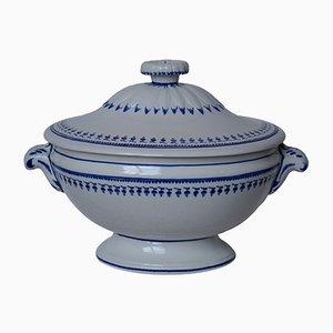 Sopera antigua antigua ovalada de porcelana pintada de mano