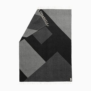 Coperta Geometric Planes x Geometric Gaze grigia di Catharina Mende