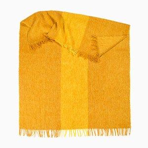 Spotted & Beyond Decke in leuchtendem Gelb von Catharina Mende