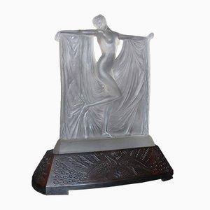 Suzanne Figur aus Milchglas auf bronzenem Podest von René Lalique, 1930er