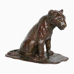 Lionceau Assis Skulptur von Roger Godchaux, 1910er