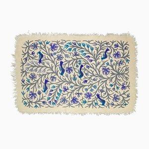 Blauer Teppich mit Vogel-Motiven von Tikau