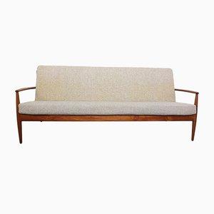 Sofá de tres plazas danés de teca de Grete Jalk para France & Daverkosen, años 60
