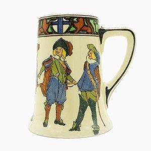 Bierkrug aus Porzellan mit den Drei Musketieren von Royal Doulton, 1930er
