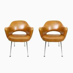 Sedie esecutive in pelle color cognac di Eero Saarinen per Knoll International, 1971, set di 2