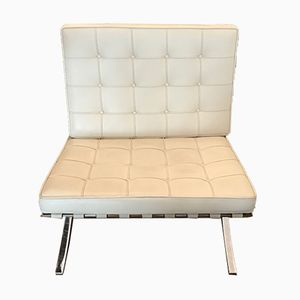 Cream Leather Barcelona Chair by Ludwig Mies van der Rohe for Knoll International, 1990s