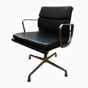 Sedia da scrivania EA208 di Charles & Ray Eames per Vitra, inizio XXI secolo