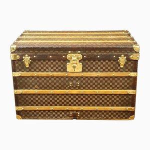 Antike karierte Truhe von Louis Vuitton