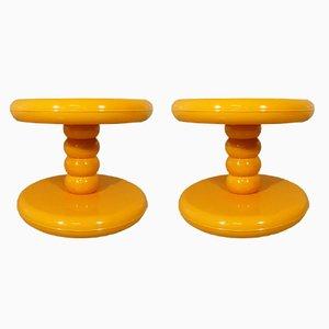 Mesas auxiliares era espacial de ABS amarillo, años 60. Juego de 2